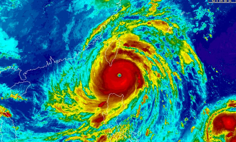 http://tropic.ssec.wisc.edu/real-time/storm.php?basin=westpac&basin=westpac&sname=16W&invest=NO&zoom=4&img=1&vars=11111000000000000000&loop=0