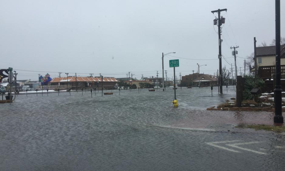 Flooding affecting the transportation center in Ocean City, New Jersey during the blizzard of 2016. Photo: Andrew Hink