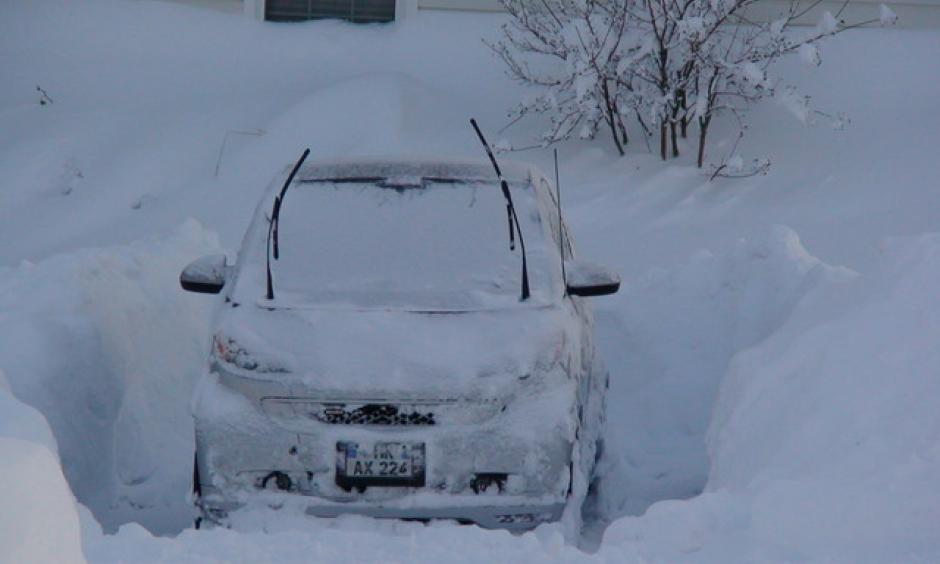 "Car buried in Virginia by ""Snowmageddon"" on February 8, 2010. Photo: Brabus Cave, wunderphotographer"