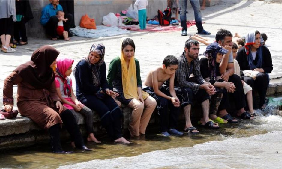 The extreme heat also encompasses parts of Saudi Arabia, Kuwait and Iran. Photo: Adebin Taherkenareh / EPA