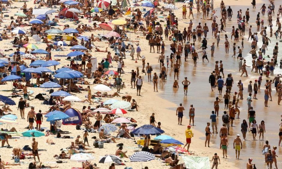 Bondi Beach in Sydney, Australia, on Sunday as the temperature reached as high as 117 degrees. Photo: Glenn Campbell, European Pressphoto Agency