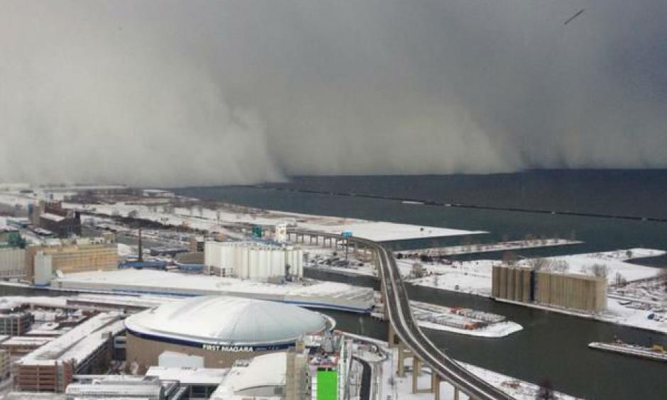 Lake-effect snow storm hits Buffalo, New York. Photo: ABC
