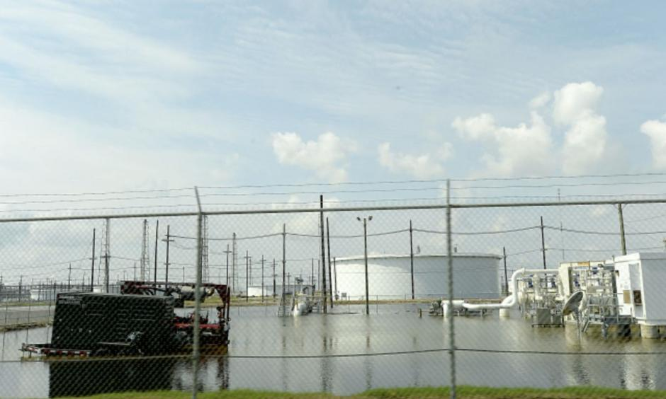 Flooding at the Motiva refinery. Photo: Kim Brent, The Beaumont Enterprise via AP Photo
