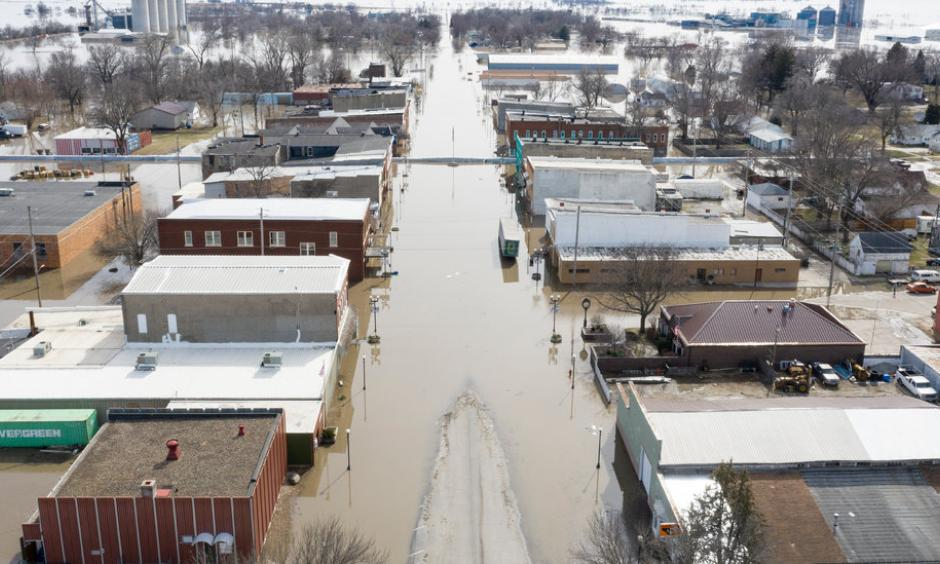 Climate change is worsening flooding in the MS River Valley
