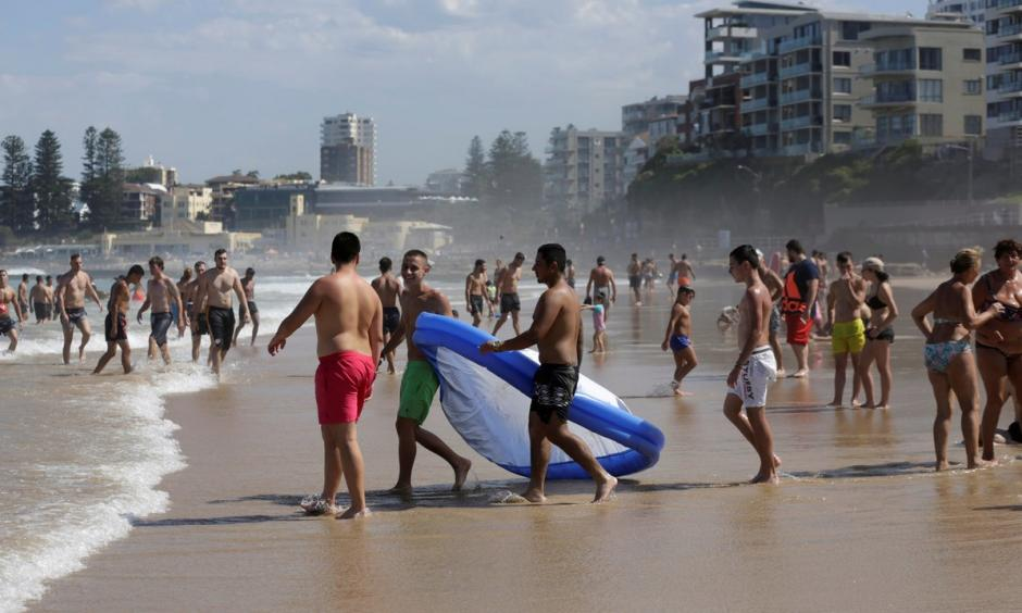 Australians flocked to the beaches outside Sydney last weekend to escape the withering heat. Photo: Reuters
