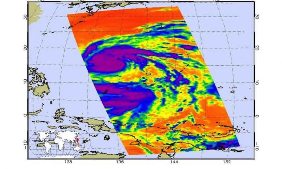 On July 5 at 0359 UTC (11:59 p.m. EDT) infrared data from NASA's Aqua satellite detected strong thunderstorms completely surrounding the center (purple) of Nepartak. Image: Ed Olsen / NASA JPL