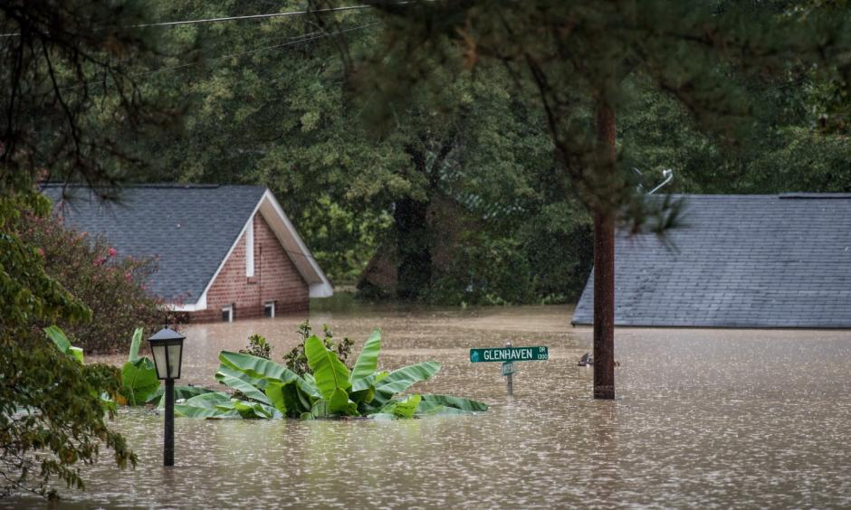 Homes were inundated by flood waters on Sunday in Columbia, S.C. Photo: Sean Rayford / Getty Images