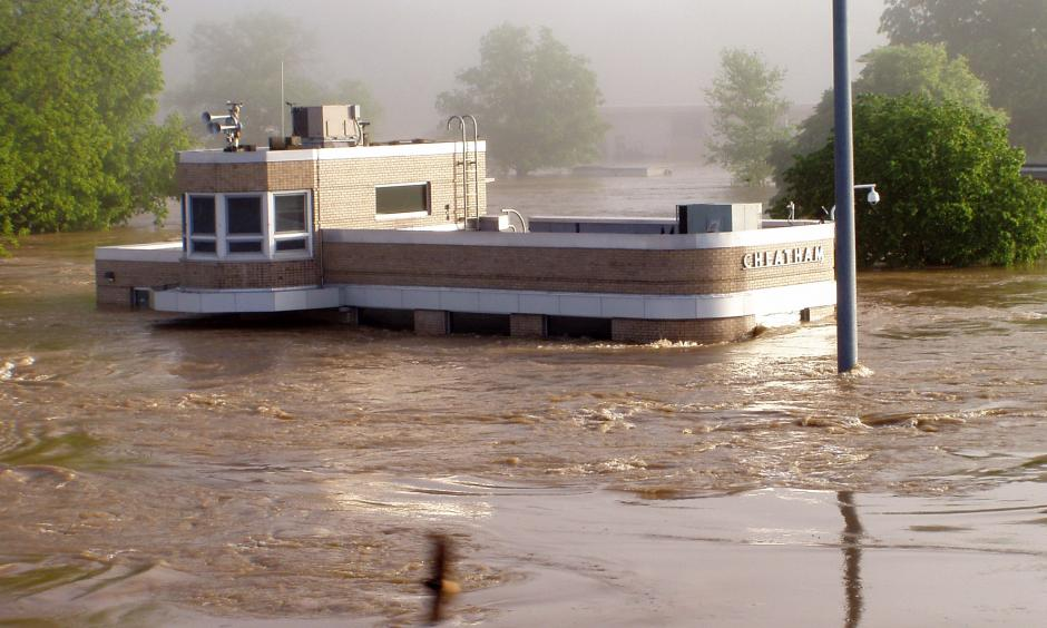 Cumberland River Flood 2010. Photo: U.S. Army Corps of Engineers Nashville District, Flickr