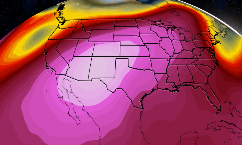 Pink shadings illustrate the ridge of high pressure in the mid-levels of the atmosphere responsible for the extreme heat. Image: The Weather Channel