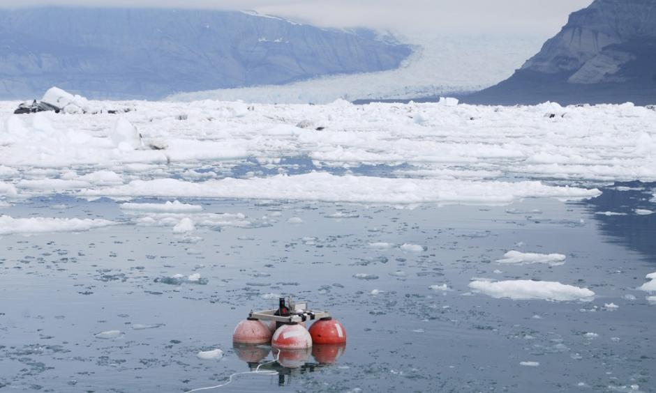 The National Oceanic and Atmospheric Administration issued a new analysis with maps detailing how older Arctic sea ice is being lost north of Alaska and the likelihood that it will never be replaced. Photo: Jeffrey Nystuen, AP