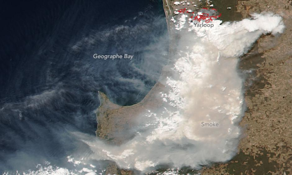Smoke from the Yarloop Fire in the South West of Western Australia. Gizmodo