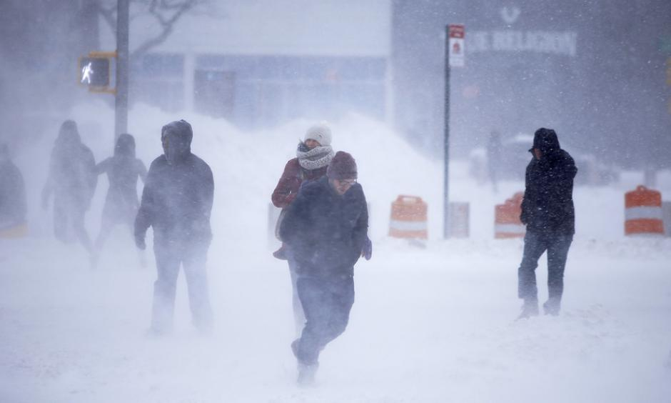 Pedestrians fight gusts and whiteout crossing Atlantic Avenue in New York City during the blizzard. Photo: Andy Katz, Pacific Press/Lightrocket