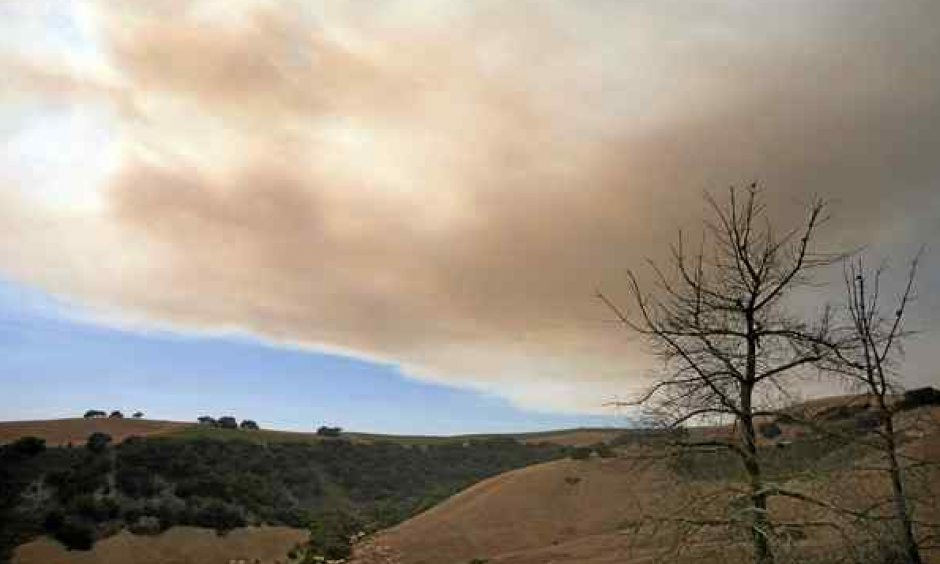 Drift smoke from the Soberanes Fire over Carmel Valley on Friday. Photo: Vern Fisher