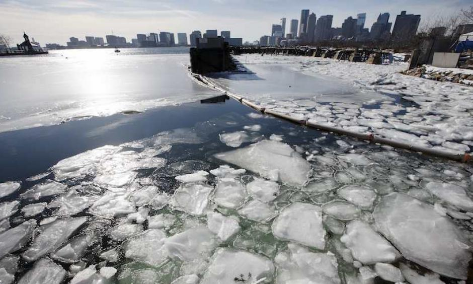 ea ice floats in Boston Harbor on Wednesday, Jan. 3, 2018. The ice could exacerbate the impacts of Thursday's intense coastal storm. Photo: Michael Dwyer, AP