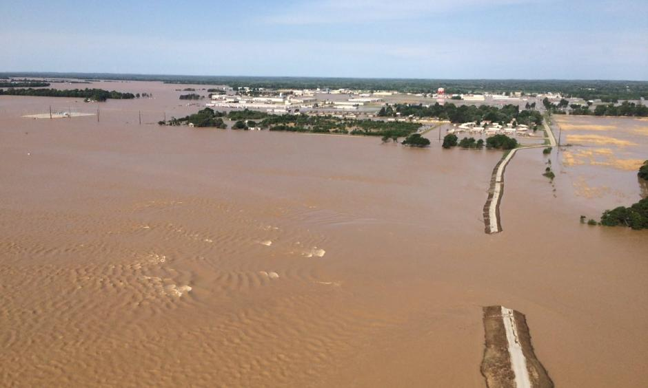 Levee breach at Pocahontas, Ar. Photo: John Gardner, Twitter, Aaerial_patrol