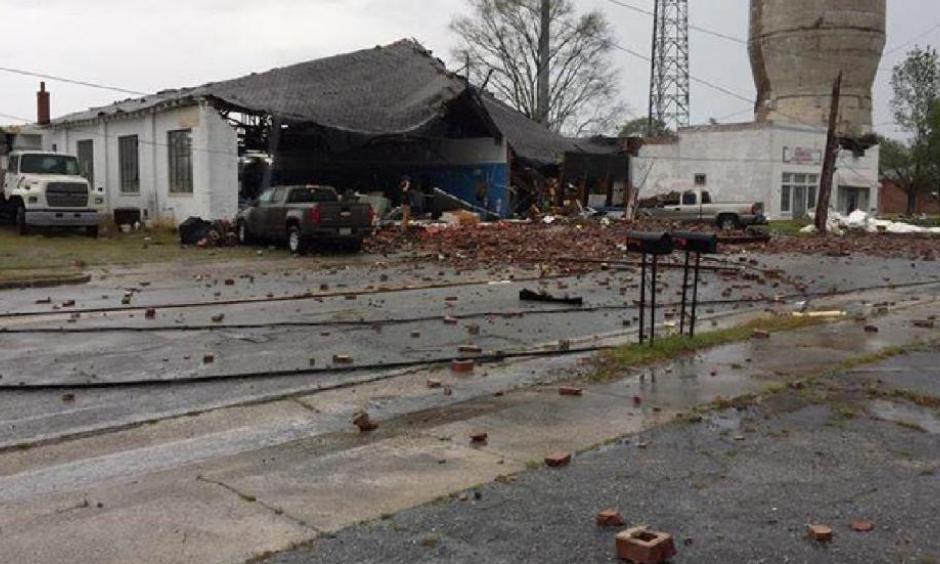 Damage to a building is seen in Gordon, Georgia, on Monday, April 3, 2017. Photo: WGXA-TV/Richard Clark