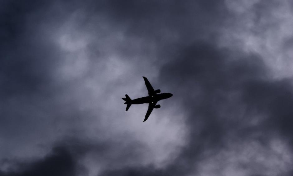wonky jet stream causes turbulence