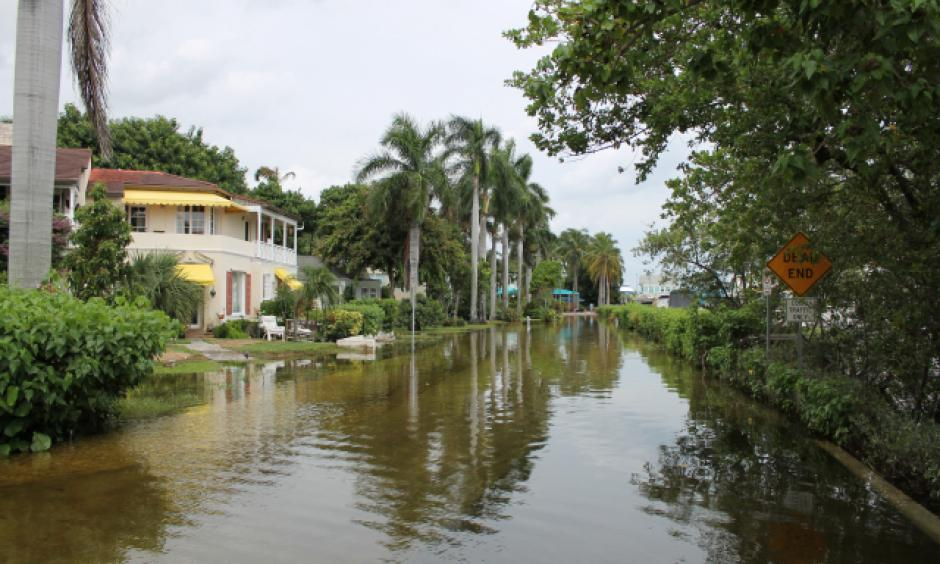 North Marine Way in Delray Beach during full moon flooding September 2015. Photo: Commissioner Steven Abrams, office of Palm Beach County
