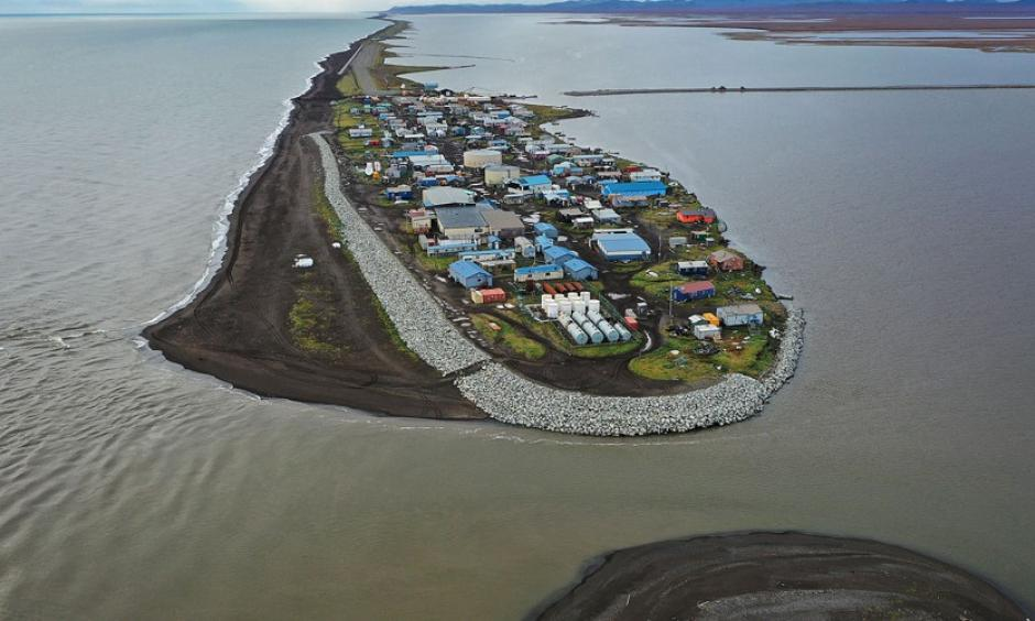 An aerial view from a drone shows the village of Kivalina, Alaska, which sits at the very end of an eight-mile barrier reef located between a lagoon and the Chukchi Sea, photographed on September 10, 2019. Photo: Joe Raedle, Getty
