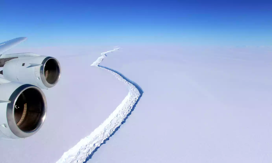 NASA handout photo dated 10/11/16 showing a rift in the Larsen C Ice Shelf in Antarctica, as scientists have said that an iceberg a quarter the size of Wales is poised to break off from it. Photo: John Sonntag, PA, NASA