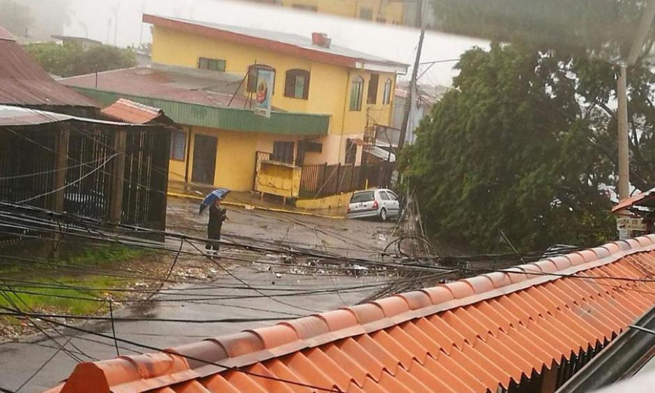 Storm damage is seen in Heredia, Sarapiqui, Costa Rica, on Thursday, October 5, 2017. Photo: @KimFrutos, Twitter