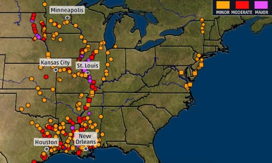 The various-colored dots on the map indicate river gauges that were reporting levels above flood stage on May 14, 2019. Image: The Weather Channel, using NWS/USGS data