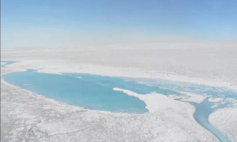 Large meltwater lakes form over the Greenland ice sheet in August 2016. Photo: Black and Bloom (@Glacier_Albedo)