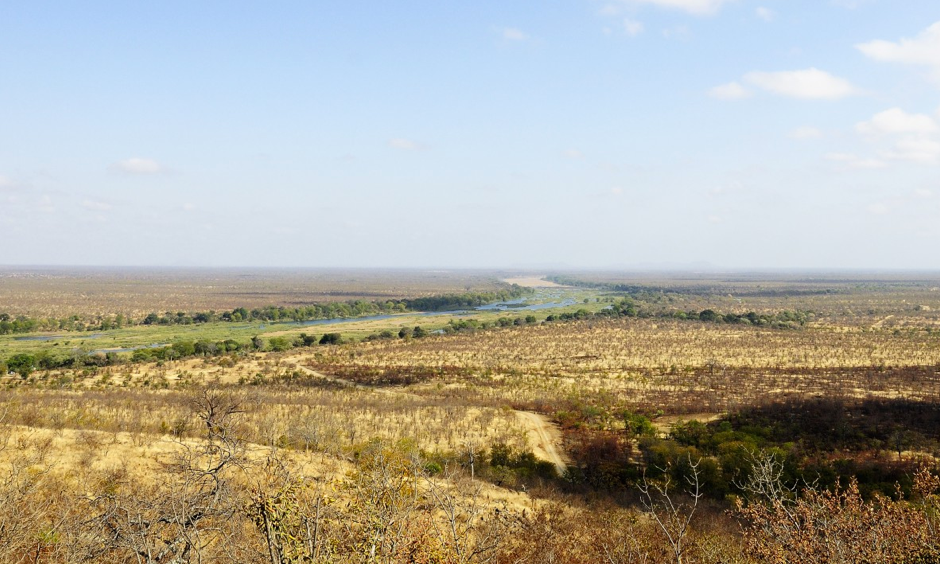 The Runde River flows through southeastern Zimbabwe, where rainfall between October 2015 and February 2016 was less than 65 percent of the long-term average. Photo: Andrew Ashton via Flickr Creative Commons