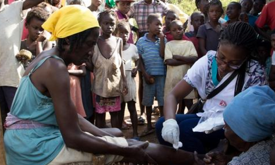 MSF nurse Cassandre Saint-Hubert treats a patient at a Medecins Sans Frontieres (MSF) mobile clinic in the village of Nan Sevre, in the mountains north of Port-à-Piment. Photo: Joffrey Monnier, MSF
