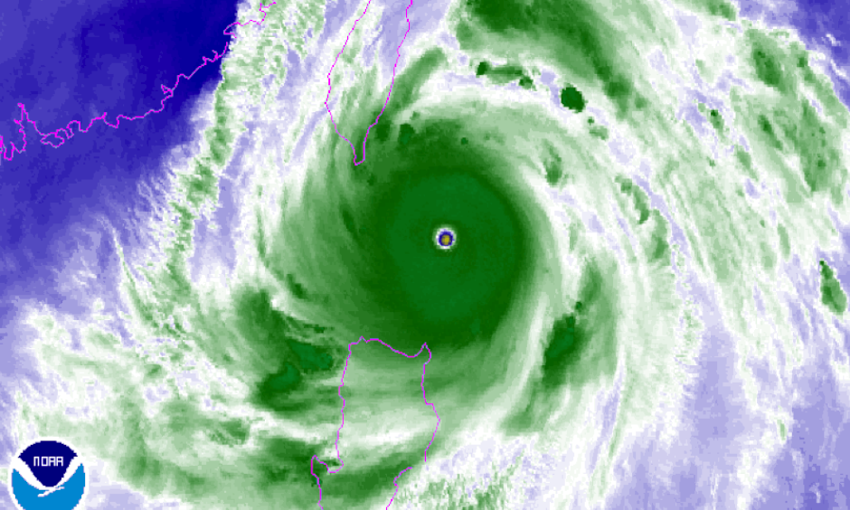 Water vapor satellite image of Super Typhoon Meranti on Sept. 13, 2016. Image: NOAA
