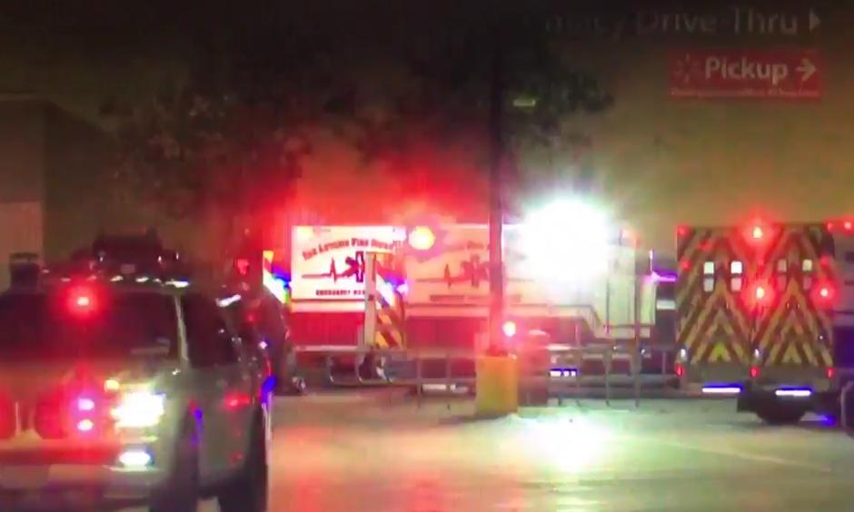 People cool off in public fountain at the Madrid Rio area during a hot summer day in Madrid, Thursday, July 13, 2017. Photo: AP