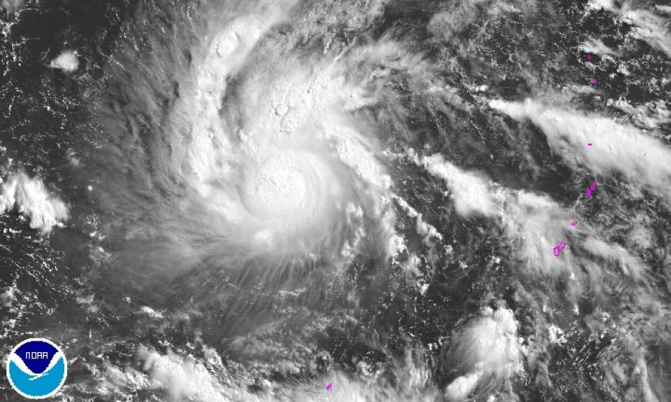 Tropical Storm Nepartak (70 mph winds) at 23 UTC July 4, 2016. Image: NOAA