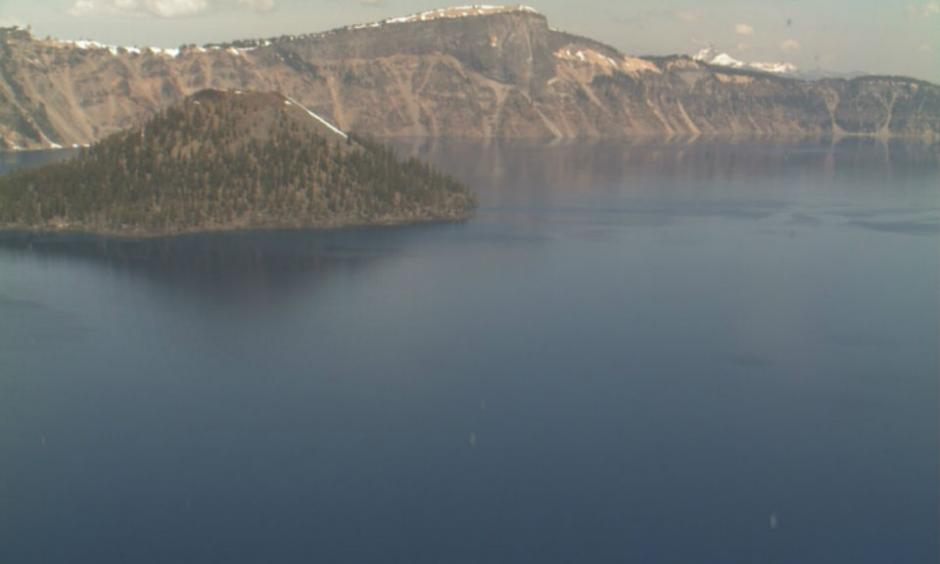 Unusually low snow levels seen at Oregon's Crater Lake on April 21, 2015. Credit: NPS