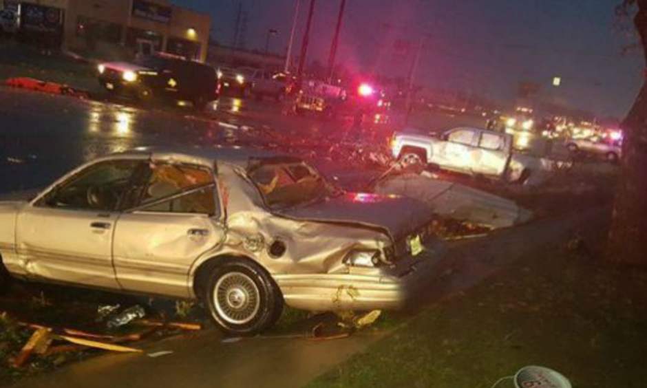 Cars were damaged as a result of bad weather in Floresville, Texas, on Oct. 30, 2015. (Photo: KENS 5 Viewer Raymundo Lucio)
