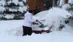 Residents of Boulder, Colorado, spent the morning shoveling and digging out after major snowstorm. Credit: Bob Henson