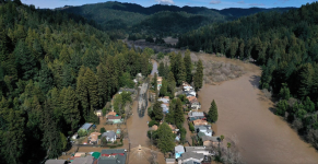 A flooded neighborhood in Guerneville, California after the Russian River crested over flood stage. Credit: Justin Sullivan/Getty Images.