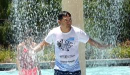Ricky R. of Union City stays cool at Boomerang Bay at California's Great America in Santa Clara, California. Photo: Gary Reyes/ Bay Area News Group